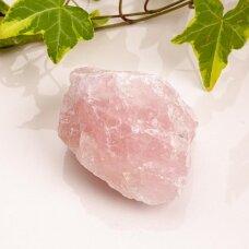 Rožinis kvarcas iš Madagaskaro 369g